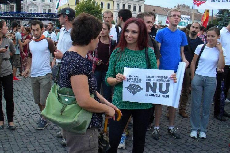 Ce spune Emil Boc despre faptul că soția sa protestează în stradă împotriva proiectului de la Roșia Montană