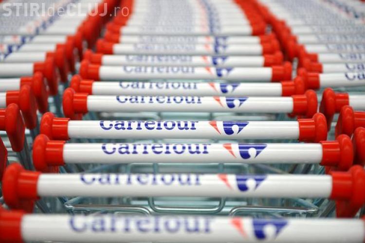 """Ce salariu are o casieriță la Carrefour: """"Un casier bun poate ajunge și director general..."""""""
