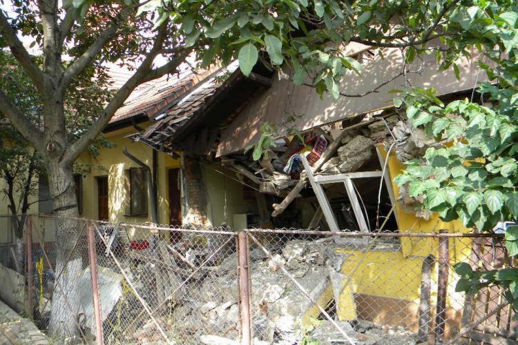 Imagini cu casa care a explodat în Mănăștur! Oamenii au reclamat scurgeri de gaz. E.ON Gaz a răspuns: Vi se pare! - FOTO