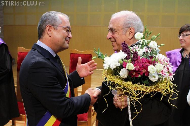 Dirijorul Lawrence Foster a primit titlul de Doctor Honoris Causa la Cluj FOTO