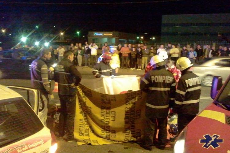 """Accident pe strada Fabricii. Un motociclist a MURIT. Mama victimei: """"Bat-o Dumnezeu de motocicleta!"""" - VIDEO și FOTO"""