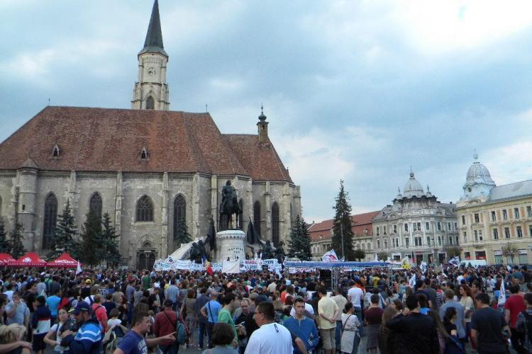 Salvați Roșia Montană! Mii de clujeni au protestat în Piața Unirii - FOTO și VIDEO