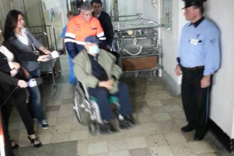 Arșinel, adus în scaun cu rotile, pentru a fi reinternat la Cluj. Nu a vrut să declare nimic