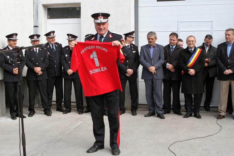 Șeful ISU, generalul Vasile Șomlea, s-a pensionat! Echipele SMURD l-au OVAȚIONAT - FOTO