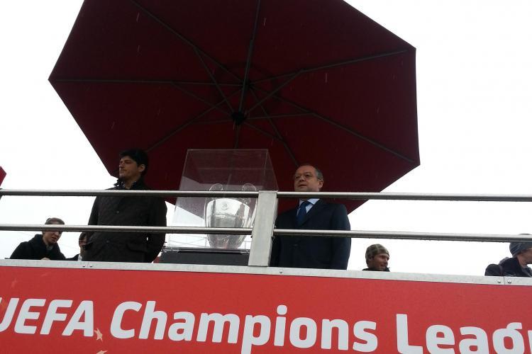 Trofeul UEFA Champions League a ajuns la Cluj. Miodrag Belodedici și Emil Boc au participat la eveniment - VIDEO
