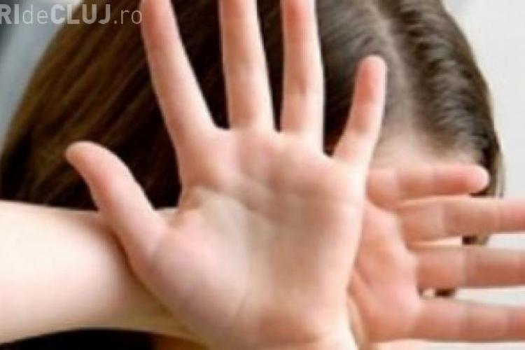 Asistent social din Turda, arestat pentru relaţii sexuale cu o fetiţă de 11 ani dintr-o casă familială. Detalii ȘOC