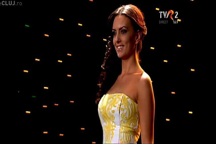 Clujeanca Iulia Bobar, în top ZECE la Miss Universe România 2013