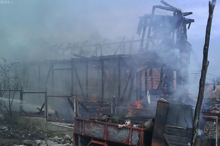 Un clujean i-a dat foc casei fostei iubite, supărat pe o sentință judecătorească