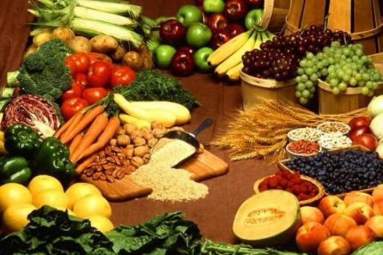 Ce legume şi fructe au cele mai multe pesticide