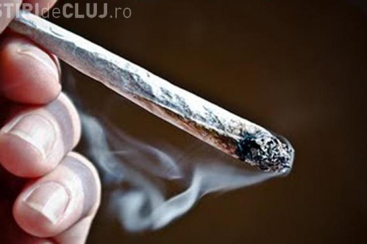 Peste 5% dintre adolescenții români se droghează. Vezi la ce vârste încep