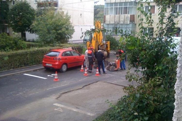 Clujenii cer socoteală pentru străzile sparte de E.ON Gaz. Vezi ce spune primăria