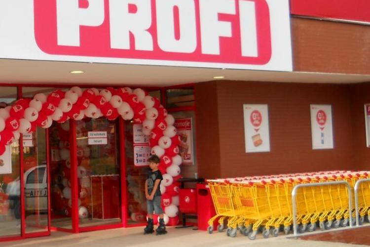 """PROFI Cluj """"fură"""" la cântar cu un autocolant aplicat peste cel al producătorului. Ce amendă a încasat firma?"""