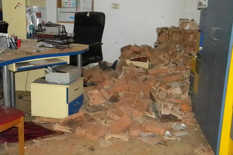 Explozie în Cluj, pe 21 Decembrie 1989. Cabinetul medicului de familie Emiliana Costiug a explodat - FOTO EXCLUSIV