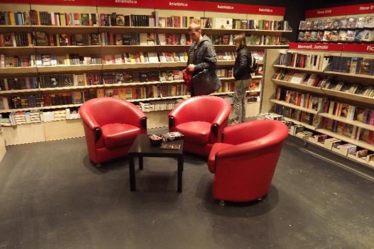 Așa arată noua librărie Diverta, fosta Universității - FOTO