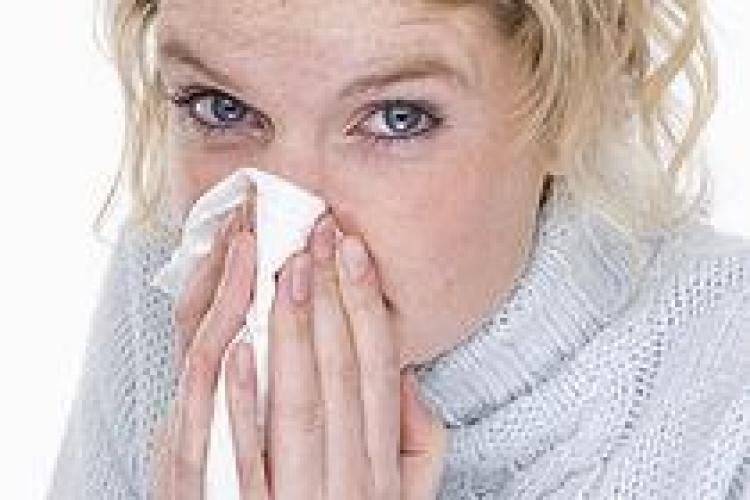 Cum să tratezi răceala cu remedii naturiste