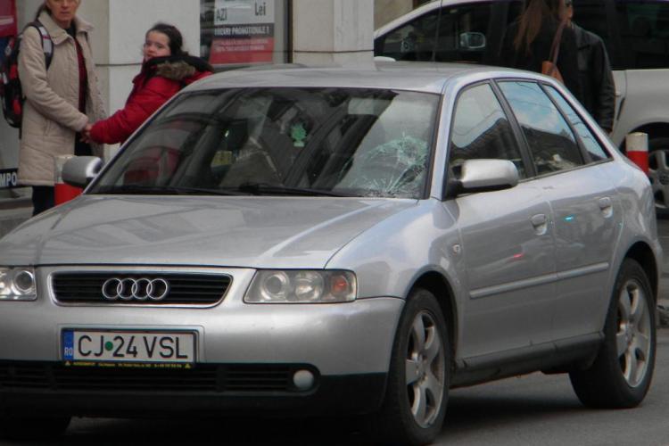 Accident pe Regele Ferdinand! O femeie a fost lovită de un Audi - FOTO