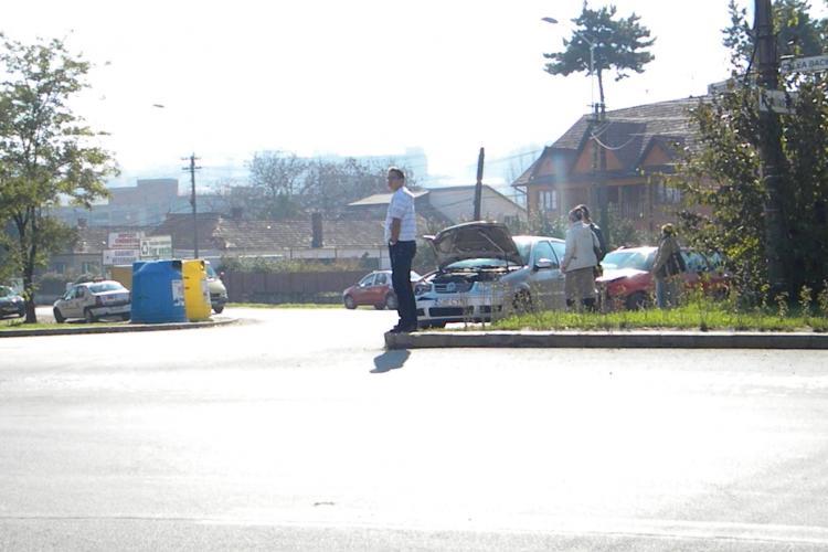 Accident pe Corneliu Coposu, intersecție cu Calea Baciului! Cauza: Neacordare de prioritate - FOTO