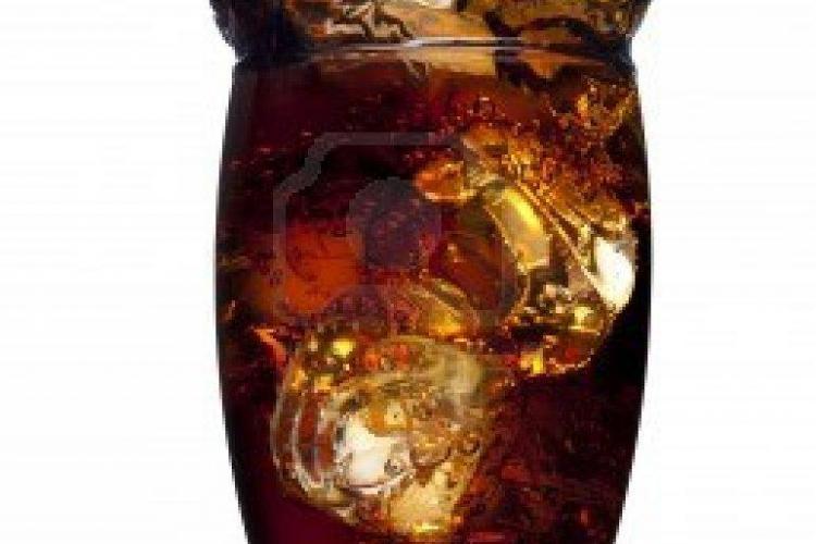 IMAGINEA ZILEI: Cum arată bărbatul care bea doar cola de 40 de ani FOTO