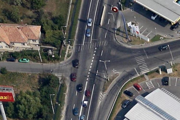Sens giratoriu pe Calea Turzii la intersecția cu strada Bună Ziua