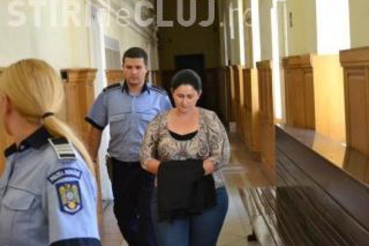 Contabila Cosmina Druţă, care a furat milioane de euro din contul ARDNV, rămâne cu o condamnare de 8 ani