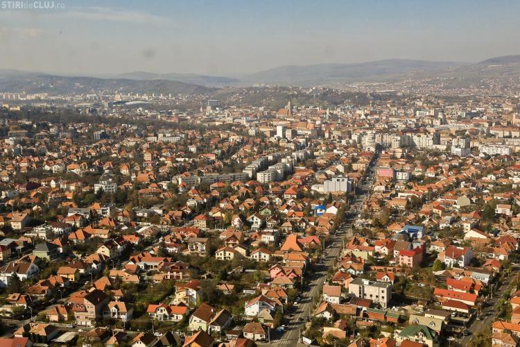 Consilierii locali, Radu Moisin și Popa Irimie, discută despre banii municipiului. De ce se duc așa mulți bani la BISERICI? - VEZI EMISIUNEA