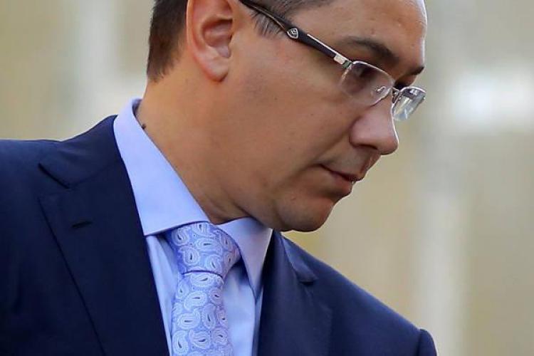 """Atac extrem al lui Ponta împotriva lui Băsescu: """"A vândut interesele României"""""""