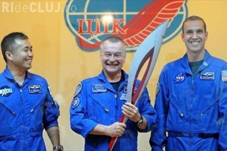 Torța olimpică a fost purtată pentru prima oară în spațiu