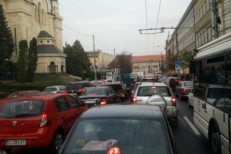 Taxa de poluare poate fi recuperată și de cei care au achitat-o în 2013! Judecătorii din Cluj dau tonul