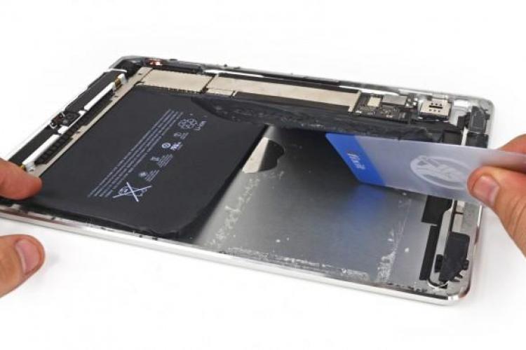 Noul produs Apple, iPad Air, aproape imposibil de reparat