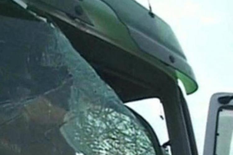 Șofer de TIR, bătut la Turda pentru că nu a participat la greva transportatorilor