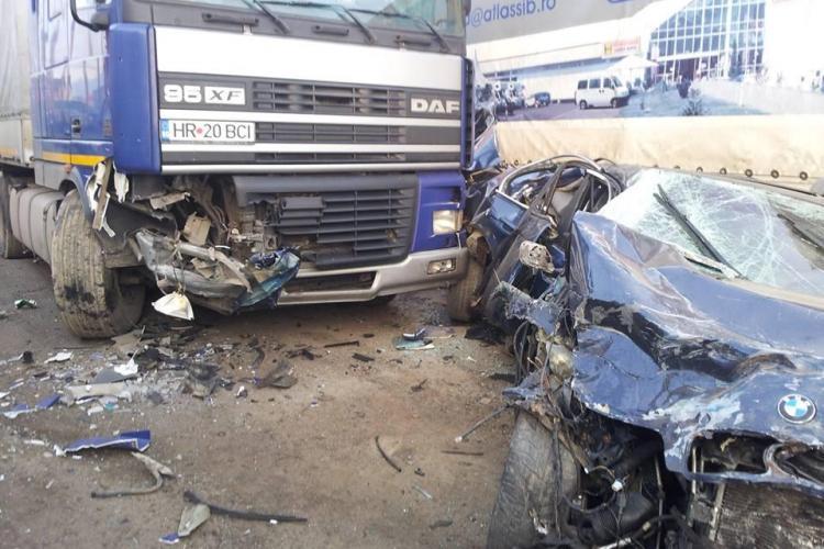 Imagini de la accidentul din Gilău, care a șocat opinia publică! BMW -ul făcut PRAF - FOTO