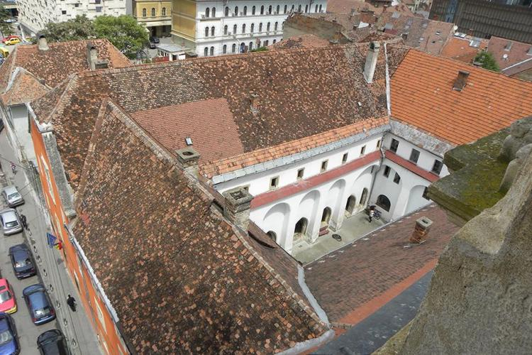 Mănăstirea Franciscană din Cluj-Napoca restaurată cu materiale folosite la refacerea Colosseum-ului - FOTO