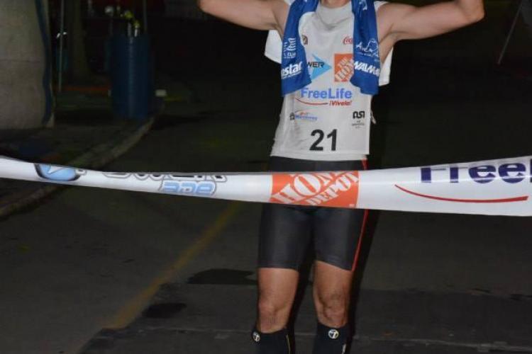 Un român a devenit campion mondial la Triplu Ultratriatlon