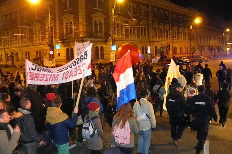 Câți oameni au protestat duminică, la Cluj, împotriva Roşia Montană