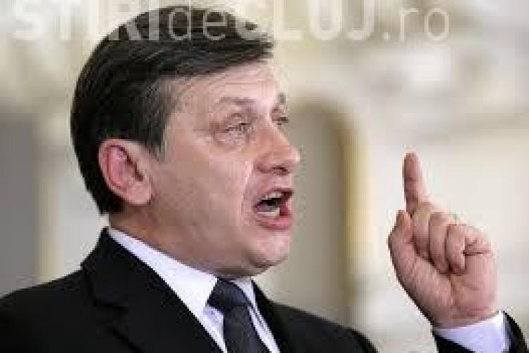 """Antonescu vrea demisia lui Traian Băsescu: """"Ceea ce face Băsescu e inacceptabil"""""""