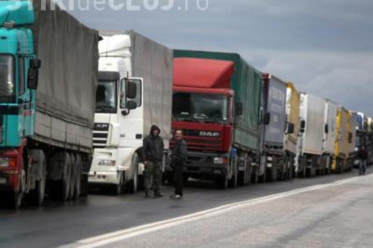 Transportatorii au blocat Autostrada Transilvania, la Gilău