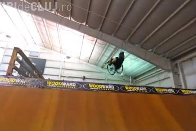 CLIPUL ZILEI: Sporturi extreme în scaunul cu rotile. Clipul care a emoționat internetul VIDEO