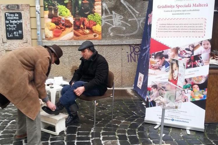 Clujenii invitați să lustruiască pantofi de Moș Nicolae, în scop caritabil