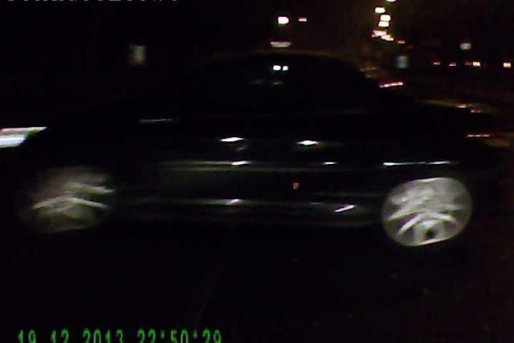 Soferita inconstienta  la volan,  în Cluj! La un pas de accident lângă Podul Garibaldi - VIDEO