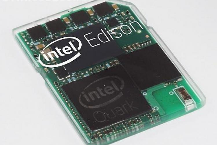 Intel a realizat un computer de dimensiunile unui timbru. Vezi ce poate face