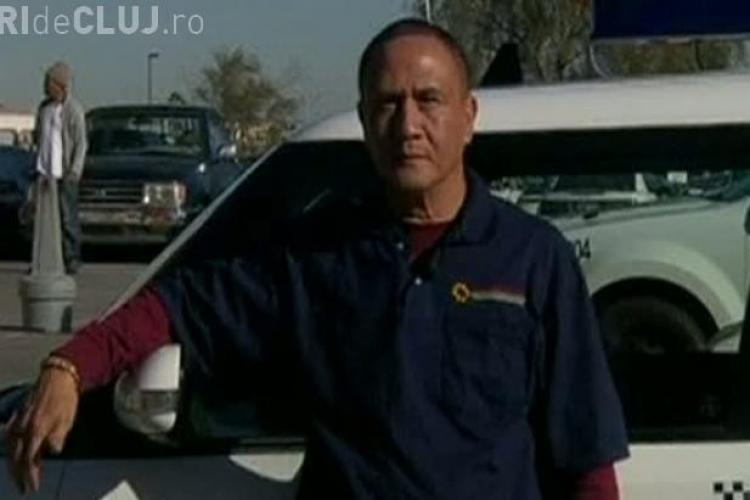 Un taximetrist a găsit în maşina sa o geantă cu 300.000 de dolari