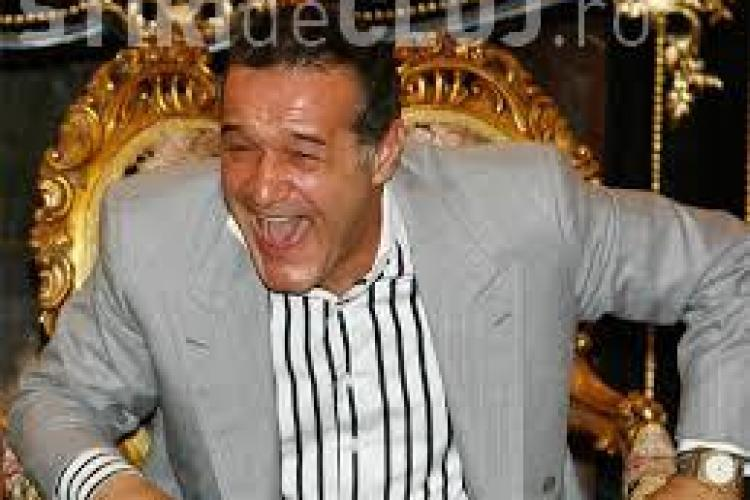 Gigi Becali a avut parte de dedicații de la lăutari la închisoare