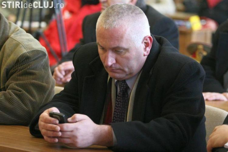 Cristian Pintea, cel care l-a umilit pe agentul Todea, s-a plâns Tribunalului Cluj că a rămas FALIT. Așa a fost repus în funcție