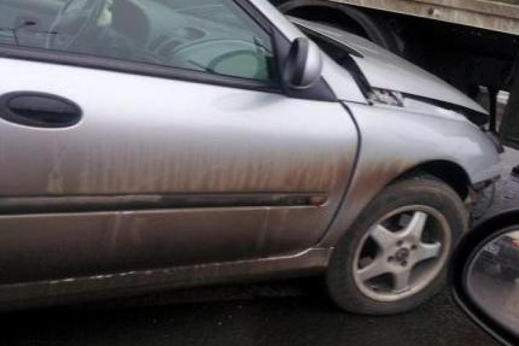 O altă mașină a intrat sub un TIR la METRO - Florești - FOTO