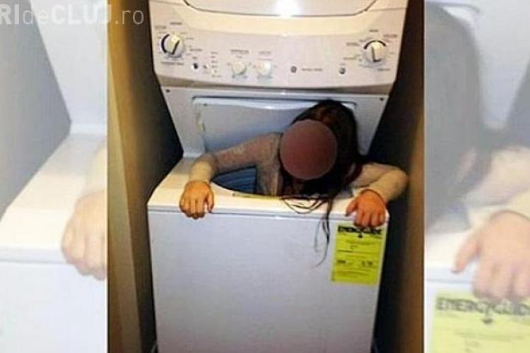 S-a ascuns dezbrăcat în mașina de spălat și a rămas blocat - VIDEO