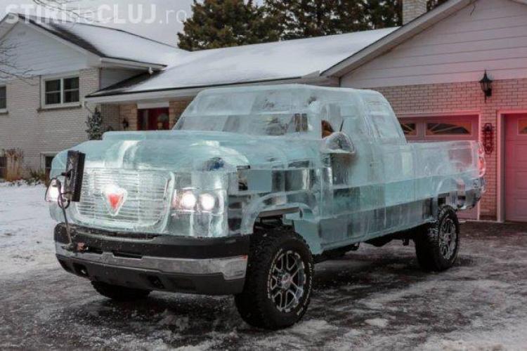 Canadienii au construit un camion din GHEAȚĂ complet funcțional VIDEO