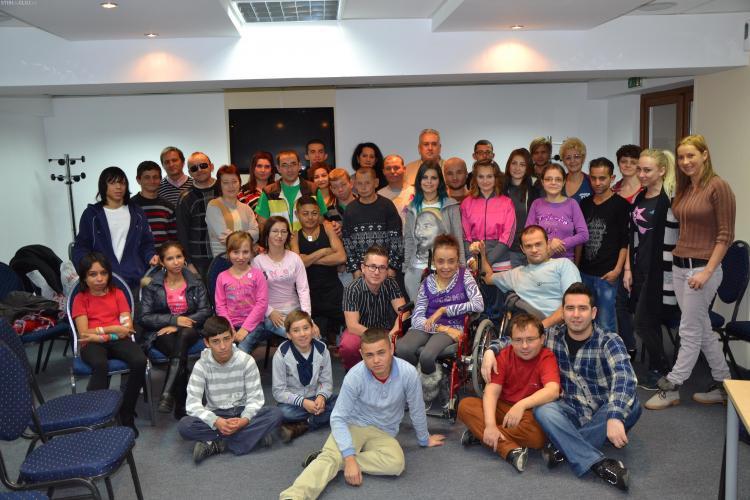 Tabără la Cluj pentru 45 de tineri care suferă de insuficiență renală cronică