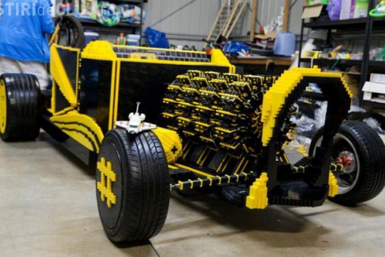 Un român a creat o mașină din LEGO ce funcționează pe aer VIDEO