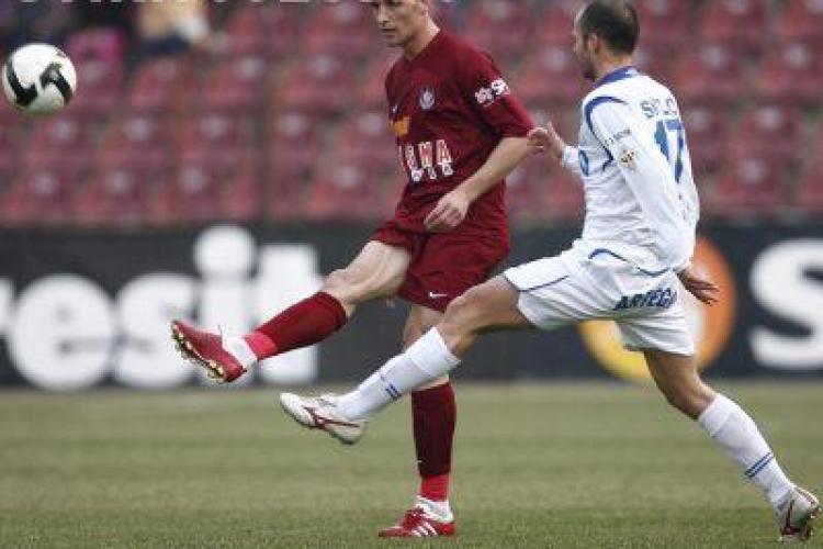 CFR Cluj castiga cu Pandurii Targu Jiu si il salveaza pe Mandorlini - VEZI toate golurile