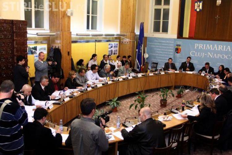 Trei consilii locale din judetul Cluj nu votat inca reducerile de personal